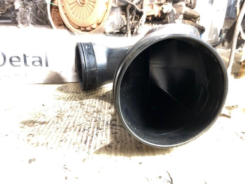 Патрубок корпуса воздушного фильтр