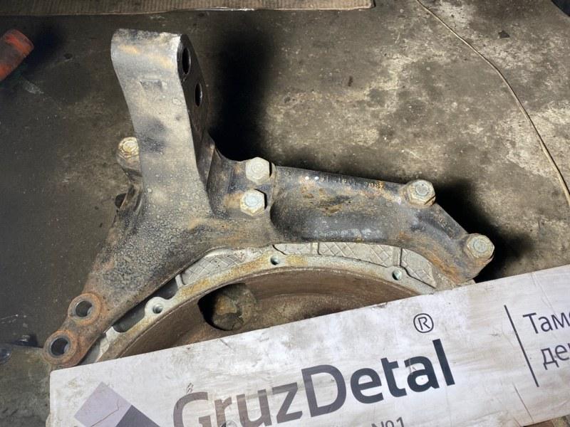 Кронштейн двигателя