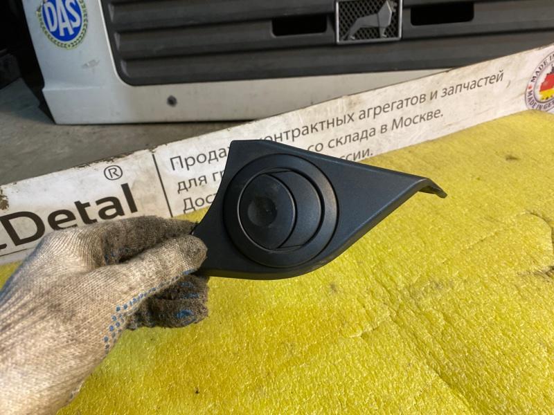 Воздушный дверной дефлектор