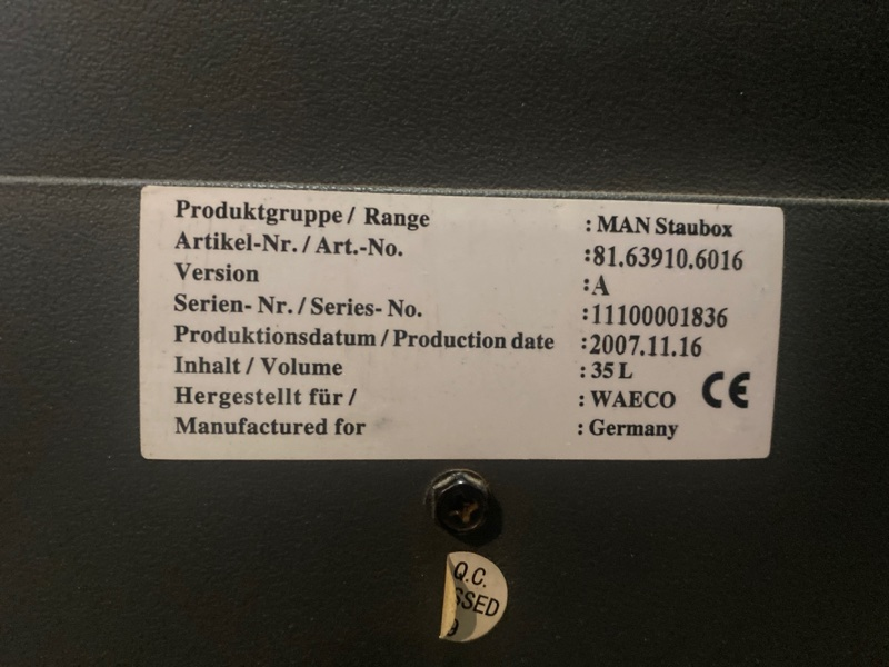 термоконтейнер (бардачок,термос)