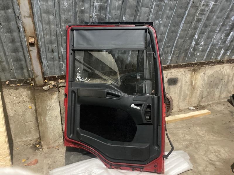 Дверь водительская
