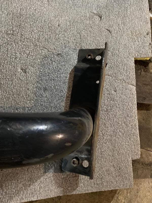 Кронштейн корпуса подножки