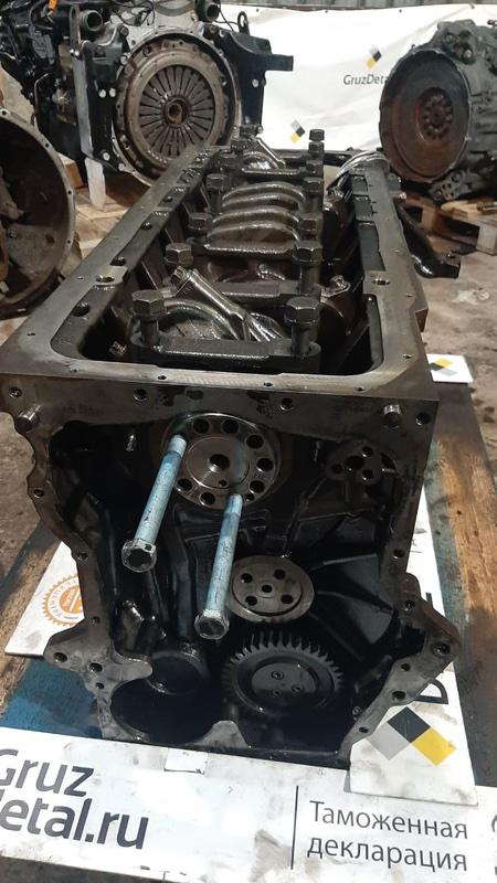 Блок двигателя D2066